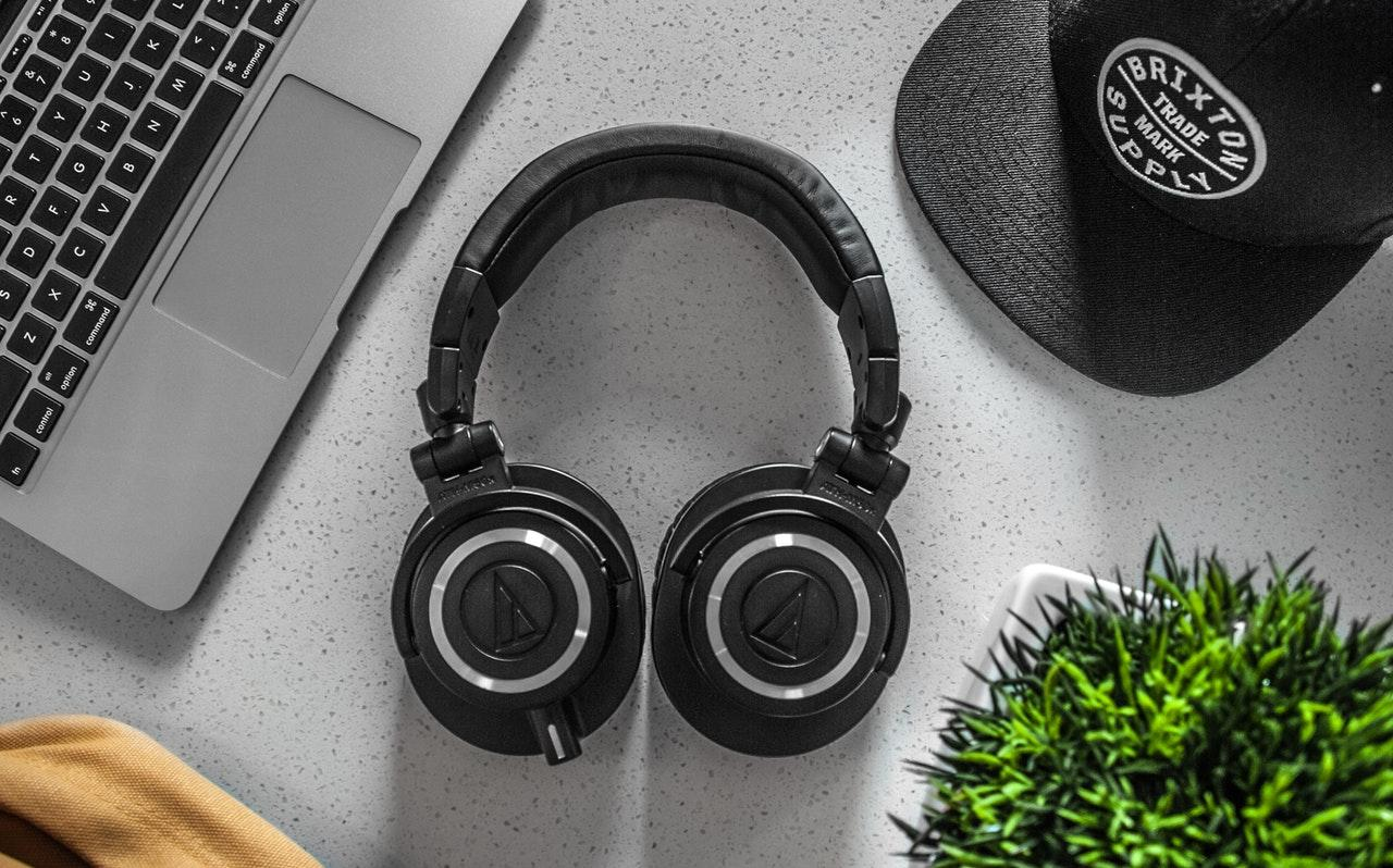 Top 10 Wireless Headphones Under Rs 2000 In India 2019 Technosports