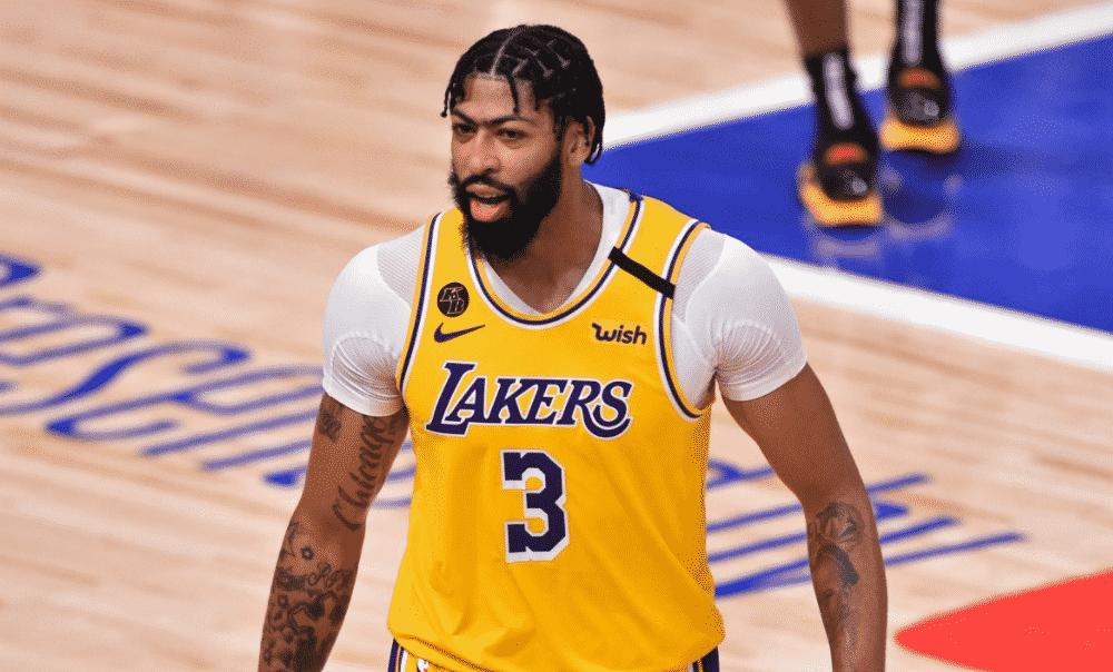 Anthony Davis was crucial in the Lakers' 2019-2020 victory.