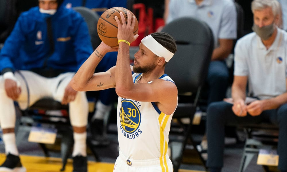 Warriors leader Stephen Curry finally played NBA basketball after a long time.