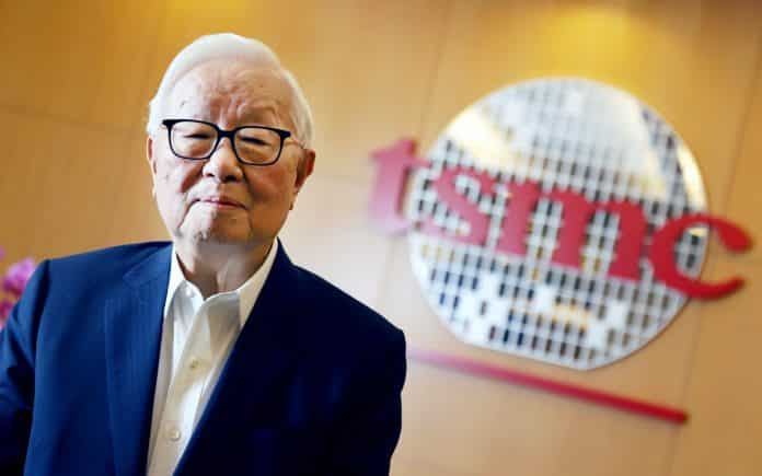 TSMC founder Morris Chang says Samsung remains a formidable competitor