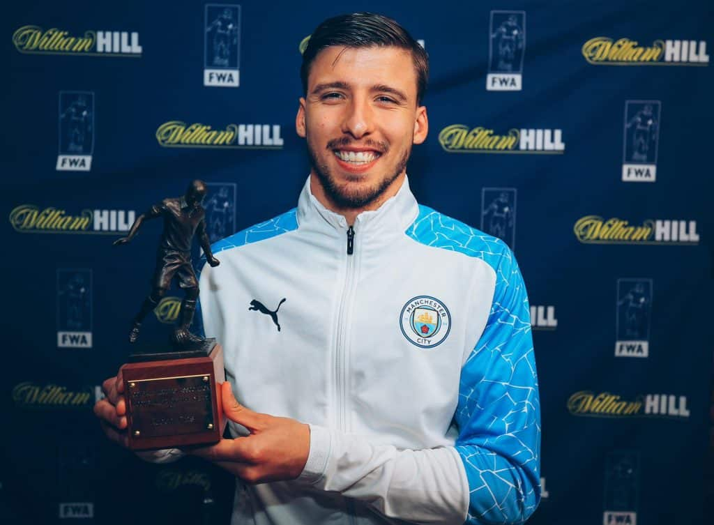 Ruben Dias awarded the FWA Player of the Year award for 20/21